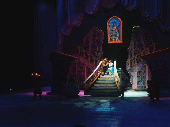 Beauty and the Beast - Disney on Ice in Manila 2015