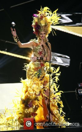 Miss Universe Brazil 2015 Martina Brandt National Costume