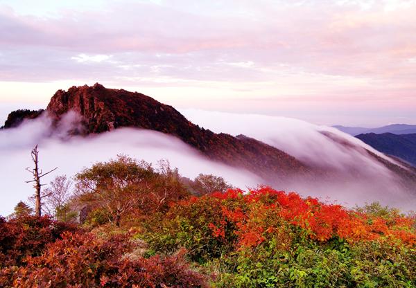 Chunwang Peak