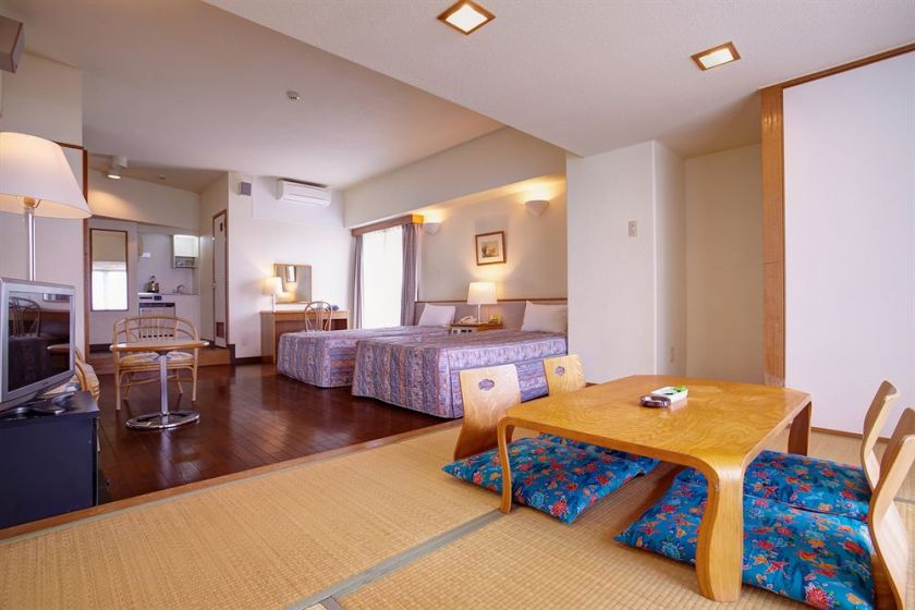 Hotel Bise, Okinawa Japan ROOM