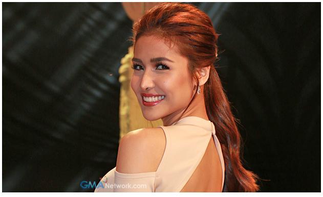 Sanya Lopez as beauty queen
