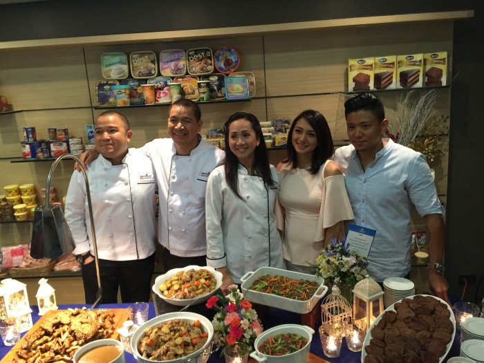 Couple Drew Arellano and Iya Villania with the chefs of San Miguel Pure Foods Culinary Center. - ElysPlanet.com Photo