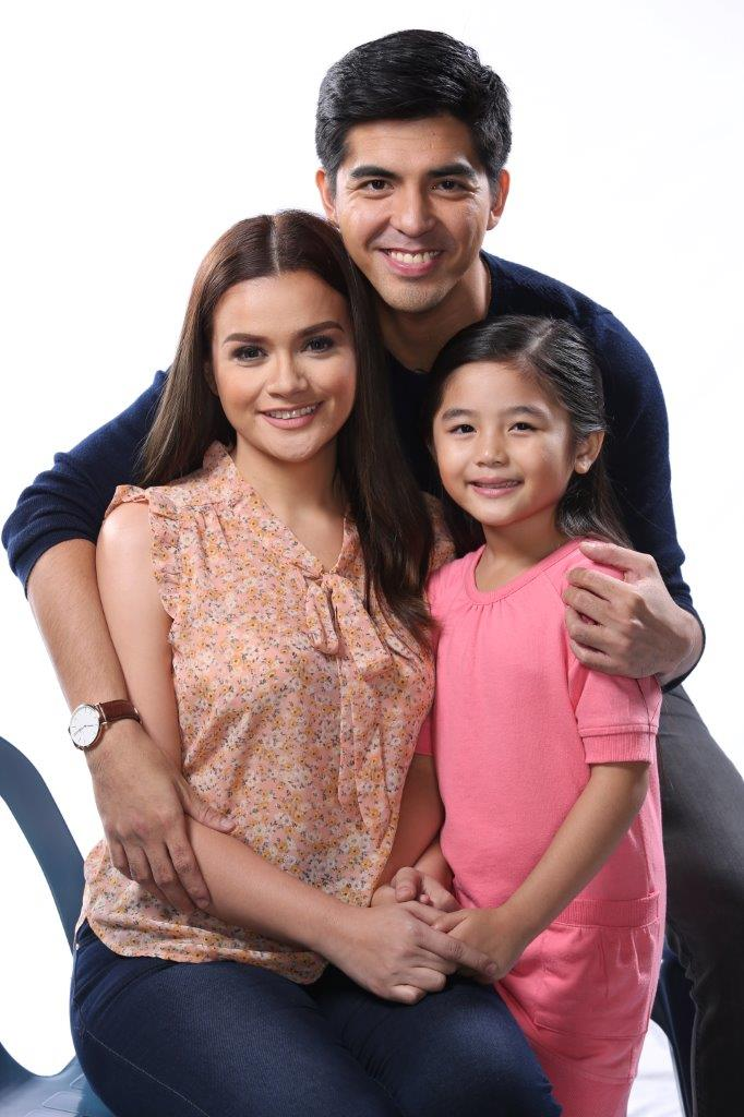 Mark Herras, Sofia Cabatay and Yasmien Kurdi