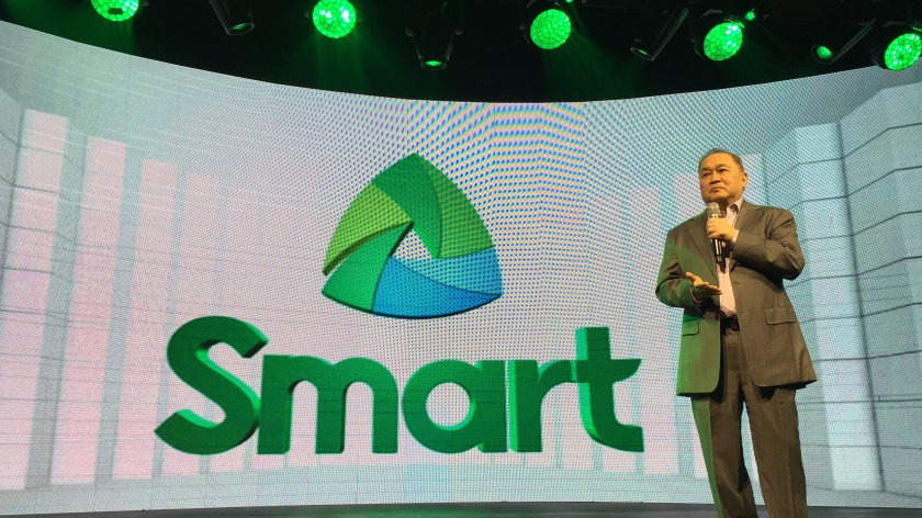 Manny Pangilinan during Smart Unbox Event