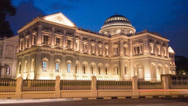Night view of the National Museum of Singapore - YourSingapore Photo