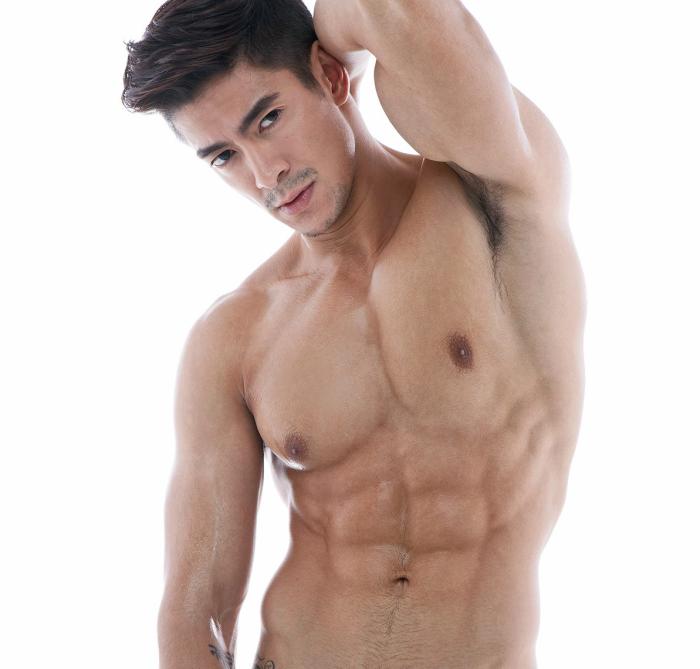 Sam Ajdani beautiful body
