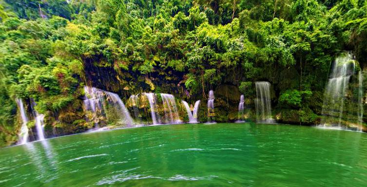 Barusibis Waterfalls in Abra