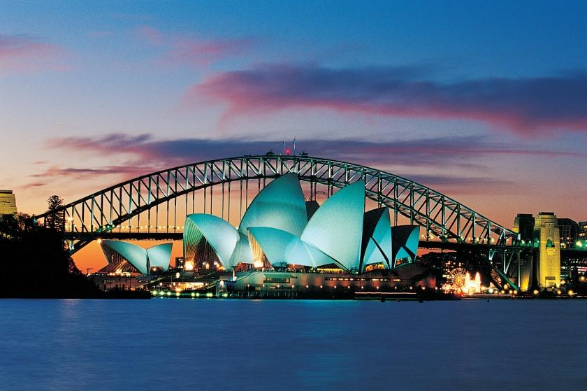 Sydney Opera House - green