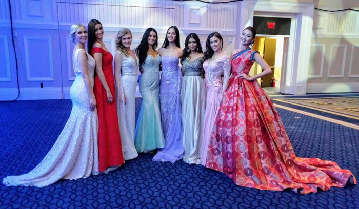 Catriona with other ladies at the Miss World 2016 pageant