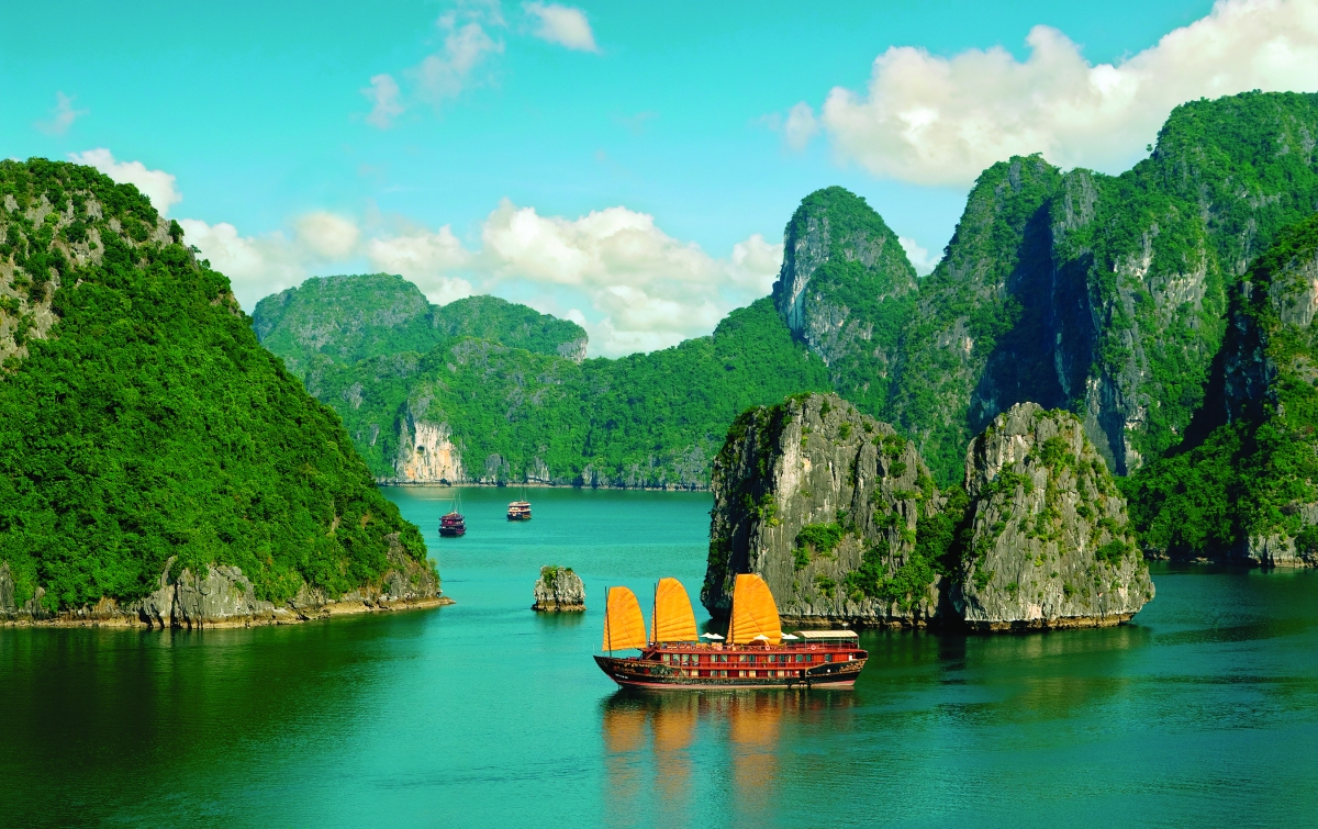 Halong Bay in Vietnam Photo