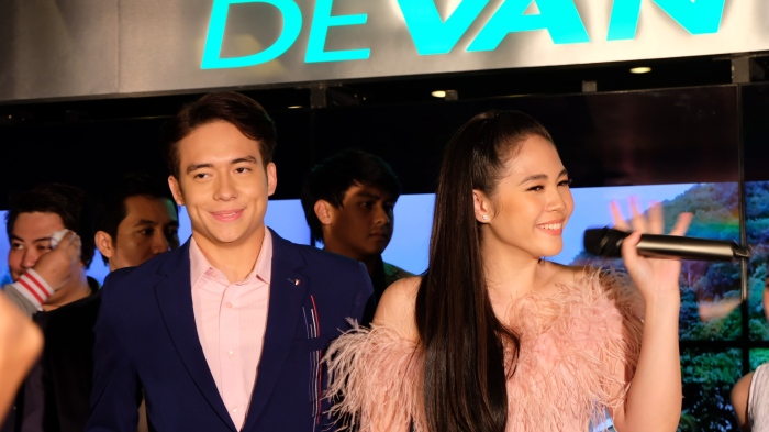 Jameson Blake-Janella Salvador Movie 'So Connected' Premieres in Manila on May22