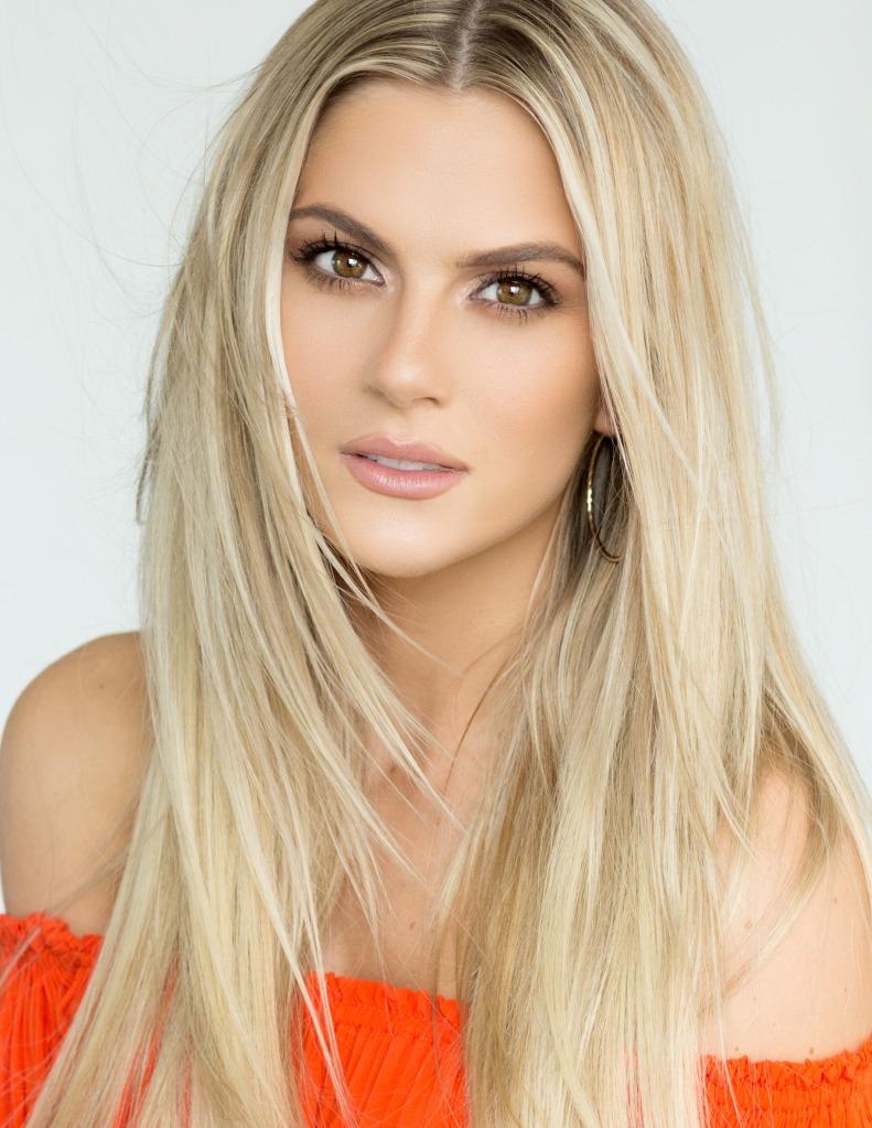 Miss Nebraska USA 2018 Sarah Rose Summers
